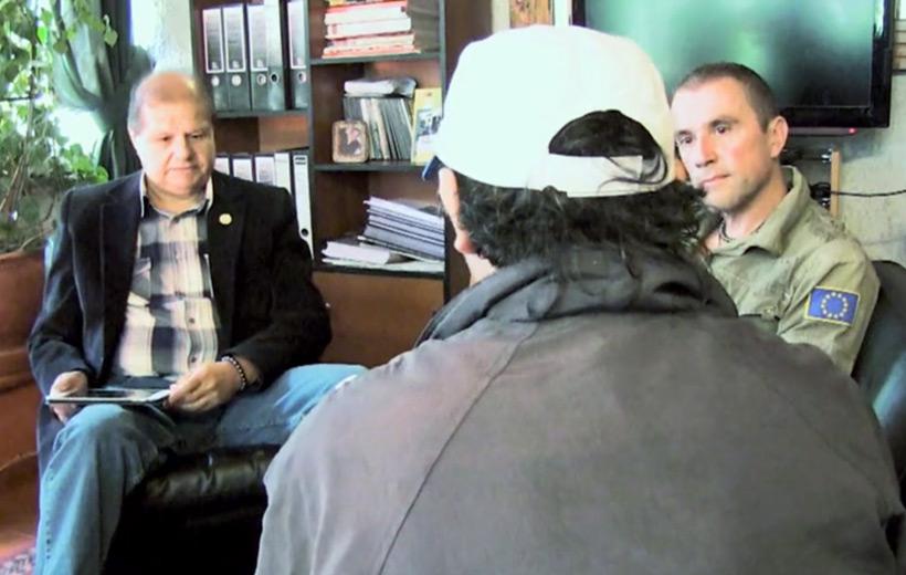 Первая встреча в Институте Инкари Куско с неким Луисом Куиспом (Luis Quispe), под псевдонимом «Пол Р.» (Paul R.)